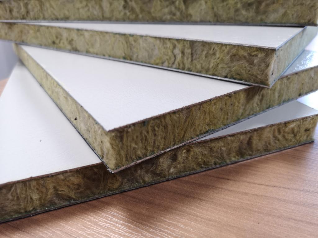 Stonewool Core, Plastisol Panels (2)